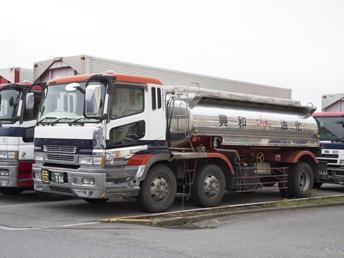 潤滑油輸送用SUS12KLタンクローリー